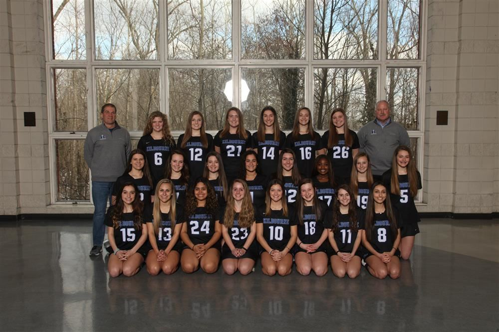 Group photo of girls lacrosse team